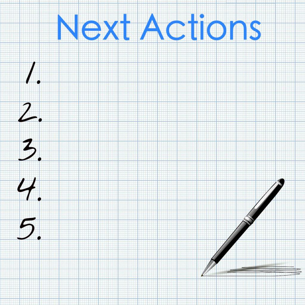 Nrs 1 t/m 5 zonder iets erachter, met daarboven 'Next Actions' en een pen rechtsonder.